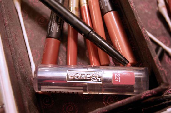 Lip liners and neutral lip colors