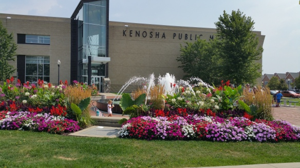 Fountain behind the Kenosha Public Museum
