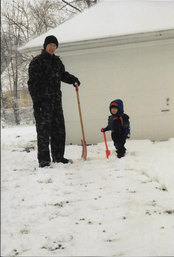 1995-mike-aaron-shovel-snow