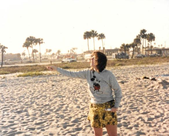 1987-kite-flying-on-beach